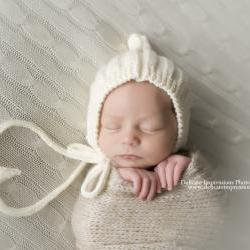 Sale -- Baby Pixie Bonnett with Ribbing -- Cream -- Photography Prop